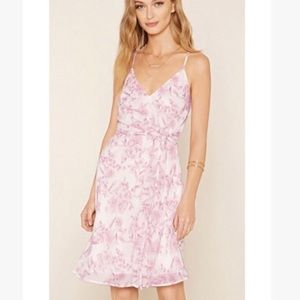 Gauzy pink rose floral print dress with waist sash
